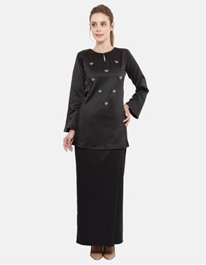 Picture of Azura Kurung in Pitch Black